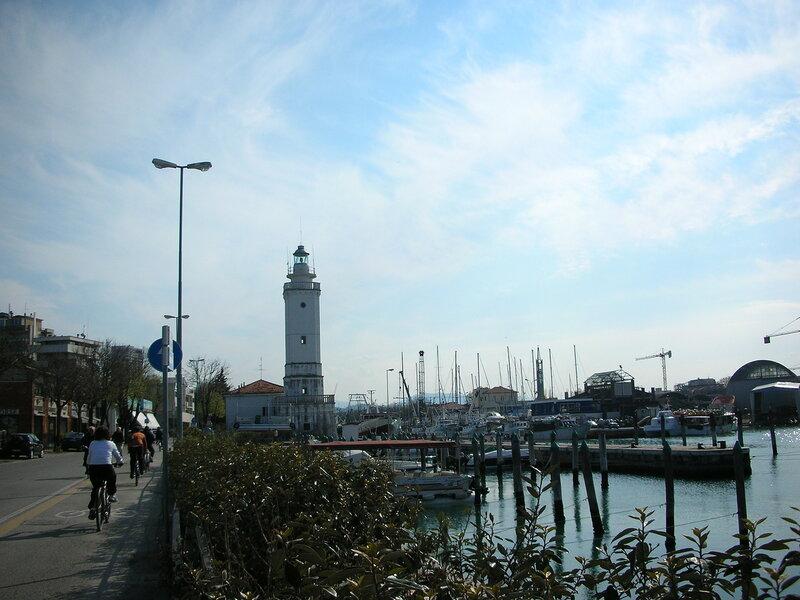 Римини маяк