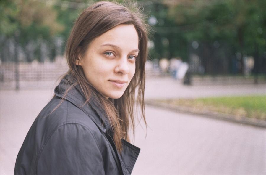 2010, весна, девушка, женщина, красавица, красотка, лицо, молодая, москва, неформал, пленка, плёнка, портрет, россия, человек