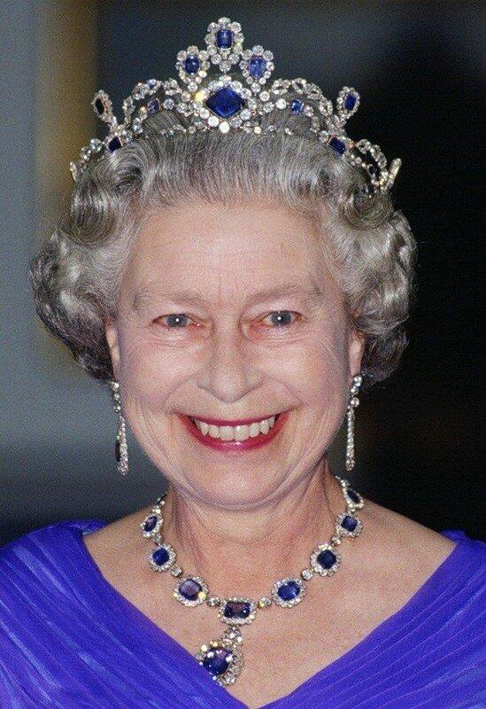 Бриллиантовая и сапфировая тиара (Diamond and Sapphire Tiara)