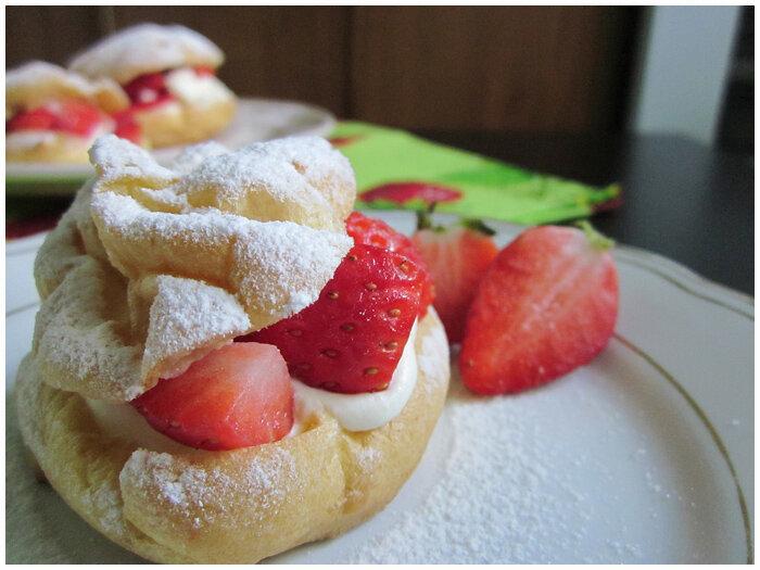 заварные пирожные Шу с маскарпоне и клубникой фото рецепт