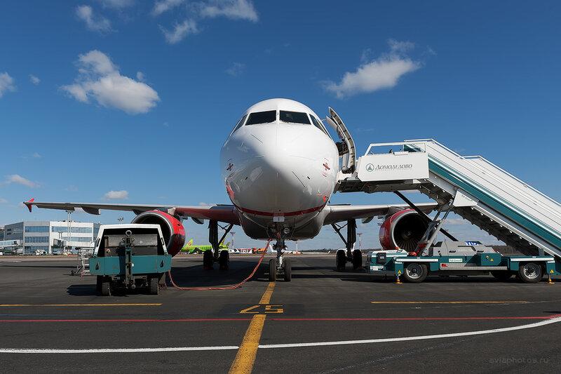 Airbus A319-111 (VQ-BTL) VIM Airlines D708213