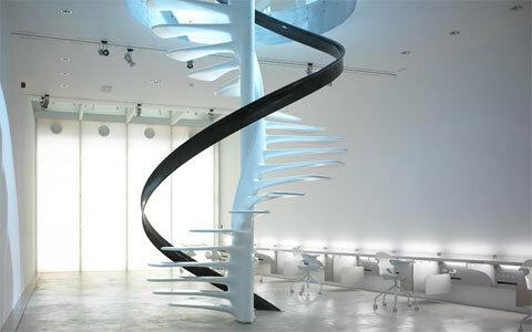 Металлические и стеклянные лестницы
