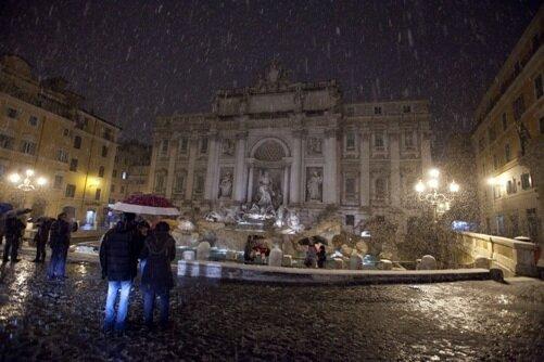фонтан Треви ночью, Рим