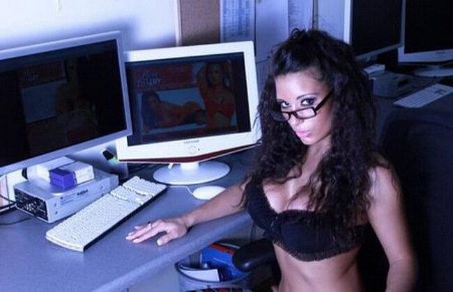 рекомендуемый сайт веб камеры девушки небось, всех