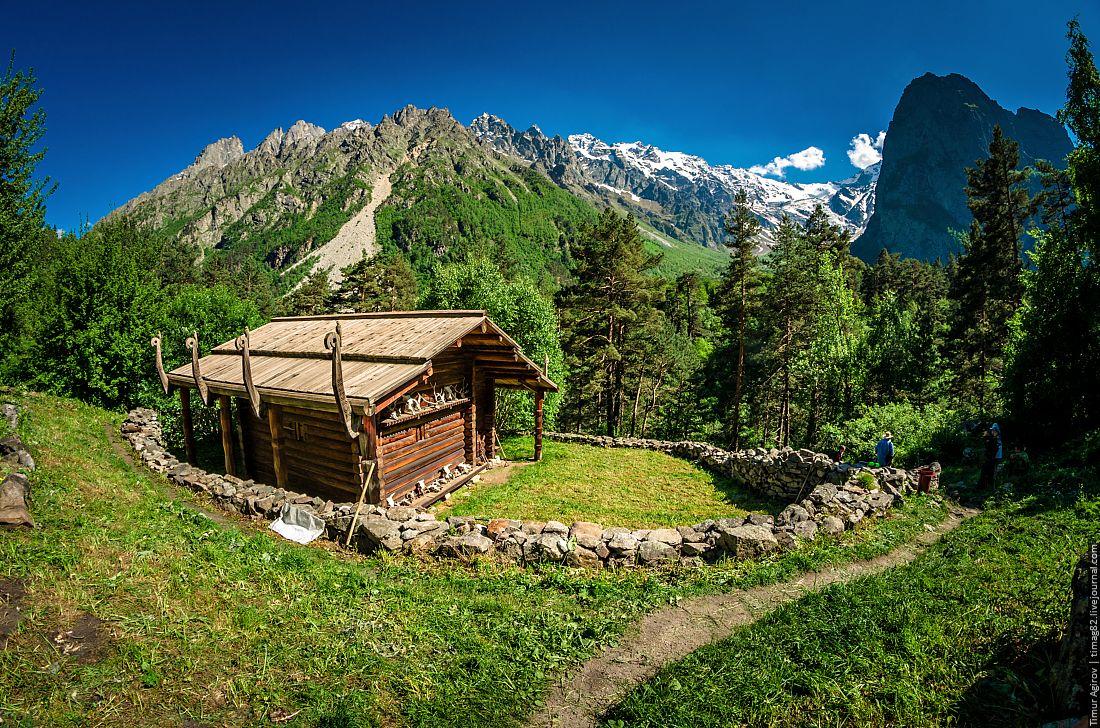 Осетинские святилища станут культурным достоянием нации