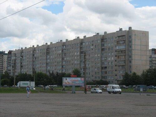 ул. Маршала Казакова 38