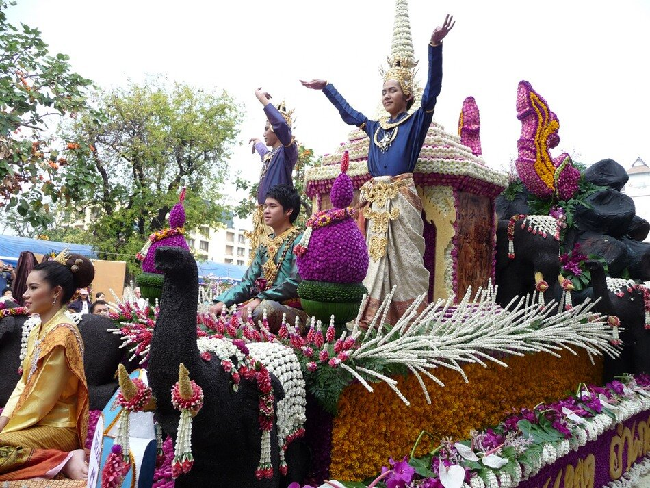 Фестиваль цветов в Тайланде! 0_6d96f_76b696ec_XXL
