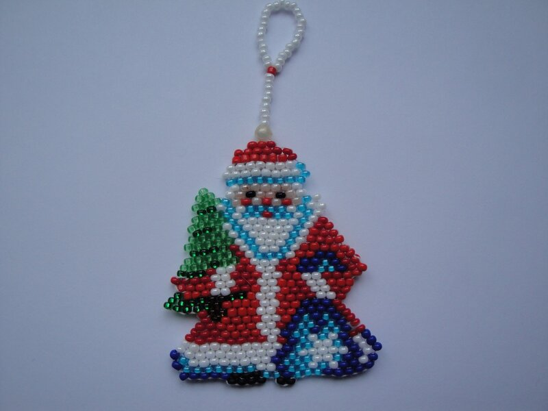 Дед мороз из бисера своими руками фото