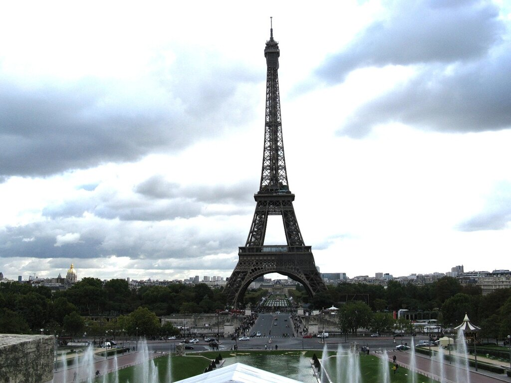 Эйфелева башня. Вид с площади Трокадеро
