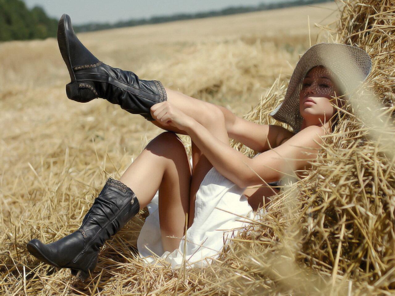 Яндекс сэкс девчонки на сеновале 29 фотография