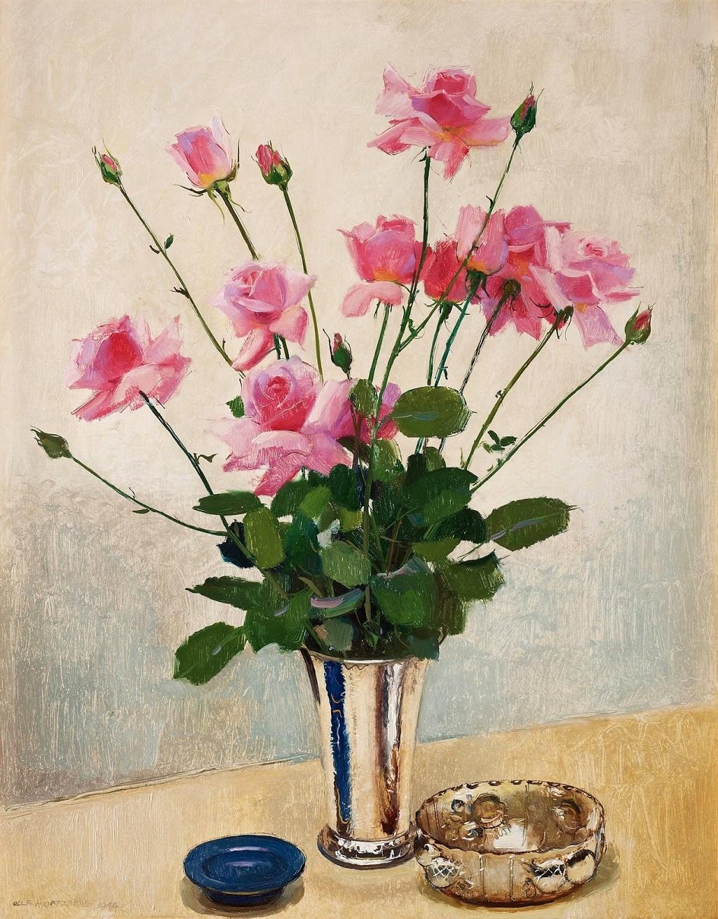 18-1944_Натюрморт с розами в серебряном кубке_91.5 x 73_д.,м._Частное собрание.jpg