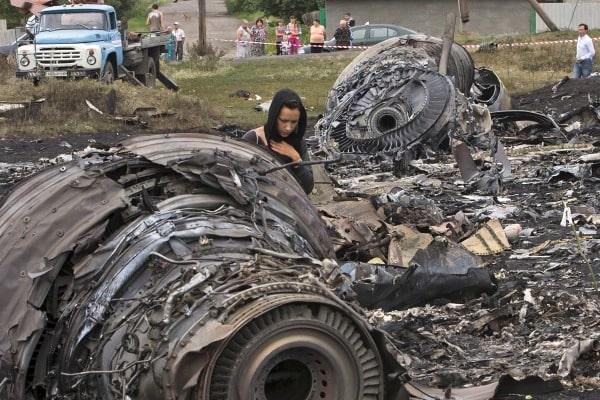 МинобороныРФ: Расследование крушения MH17 идет положному следу