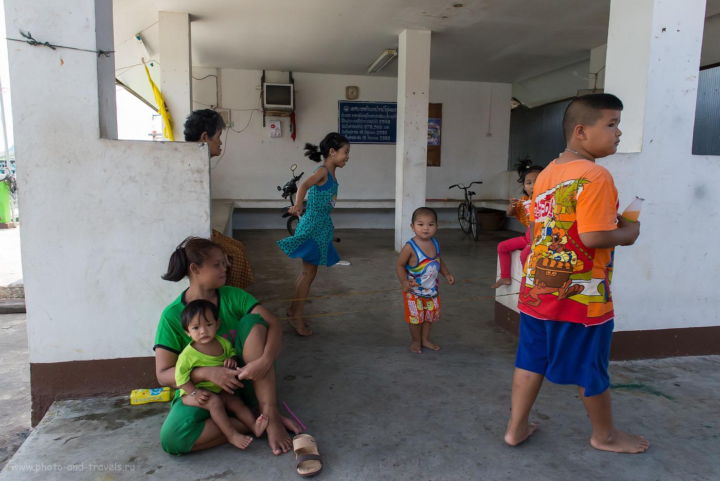 """Фото. Экскурсия в рыбацкую деревню в Таиланде. Игра """"в резинку"""". (2500, 24, 7.1, 1/640)"""