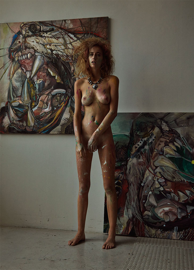 В студии Лены Виддо / Сексуальная художница Элиза Сис / Eliza Sys by Darren Keith in Treats! Magazine