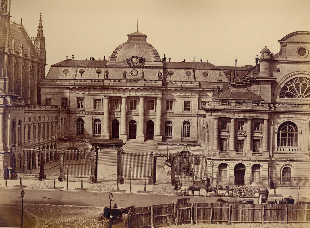 Париж. Вход во Дворец Правосудия. 1860