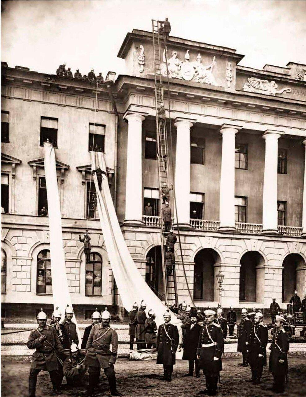 1900. Показательные учения пожарных частей Санкт-Петербургской Пожарной Команды.