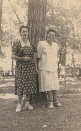 ЛВ и мама