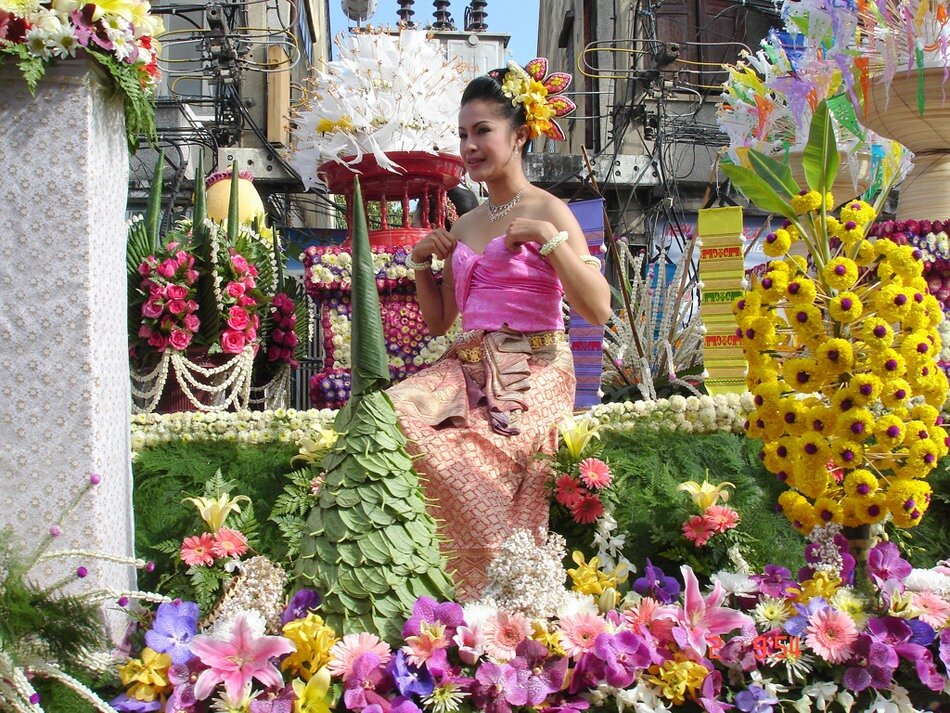 Фестиваль цветов в Тайланде! 0_6d974_19d071da_XXL