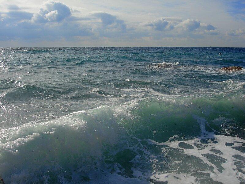 Крым,Чёрное море,россияне в Крыму,Симеиз,волны