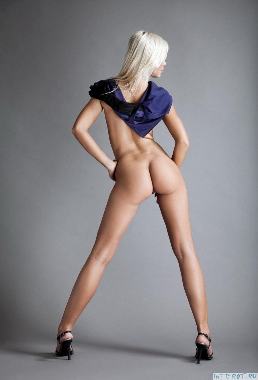 Длинноногие худенькие девушки согнувшись фото, трахает женщину бешеную матку секс фотки