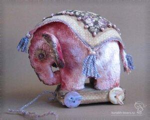слоник Ива