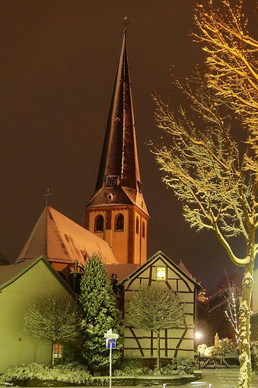 предрождественский город
