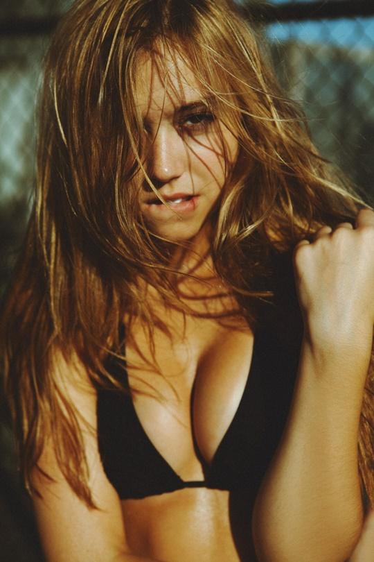 Красивые фотографии молодой модели Алексис Рен 0 142363 72798b72 orig