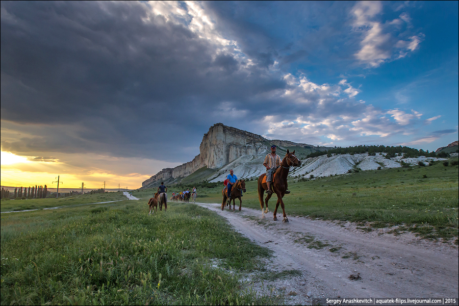 Закат на Белой Скале в Крыму