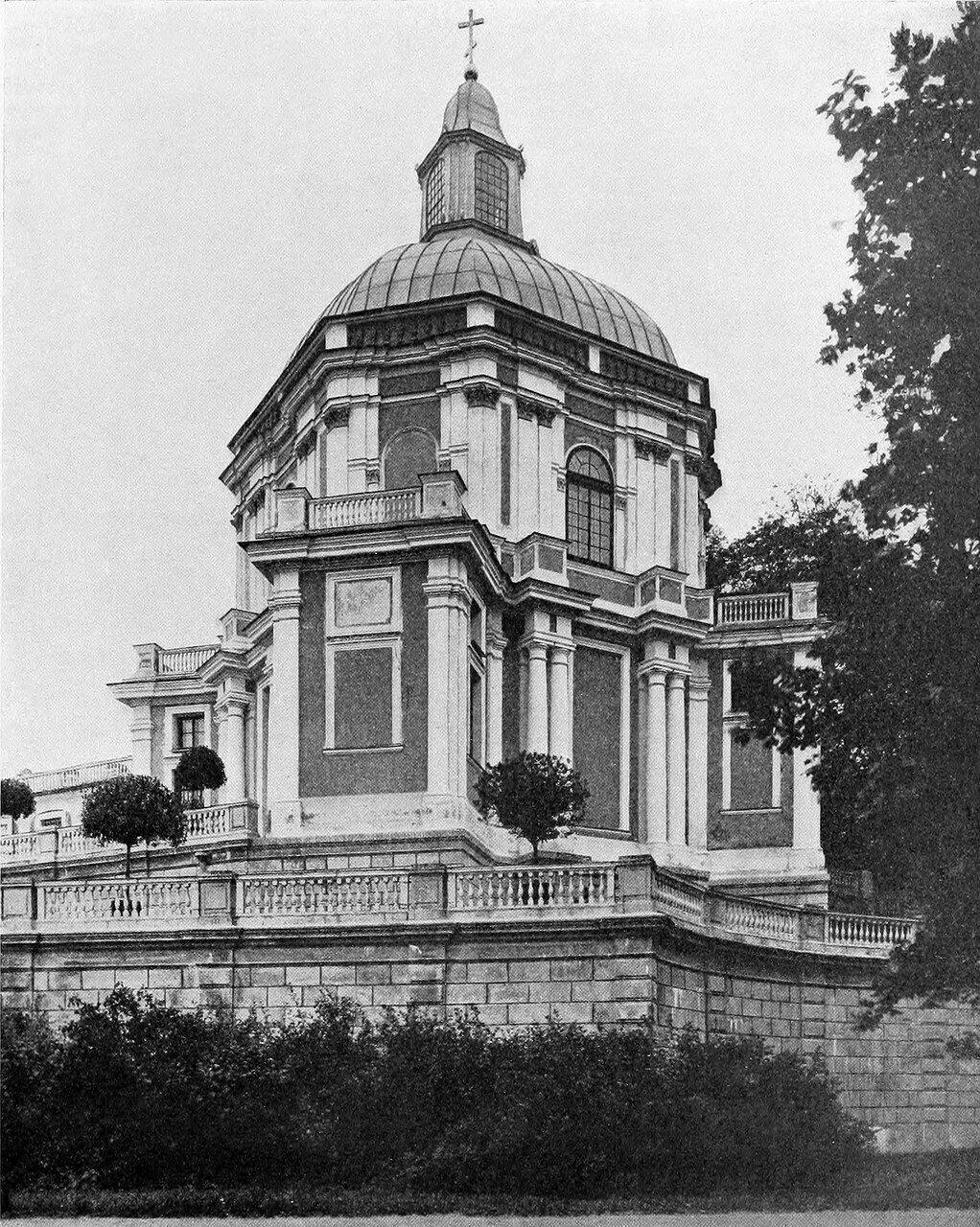 Церковь Ораниенбаумского дворца