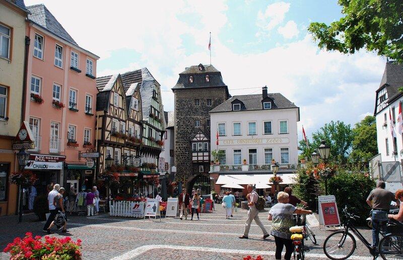 На улицах Линц на Рейне