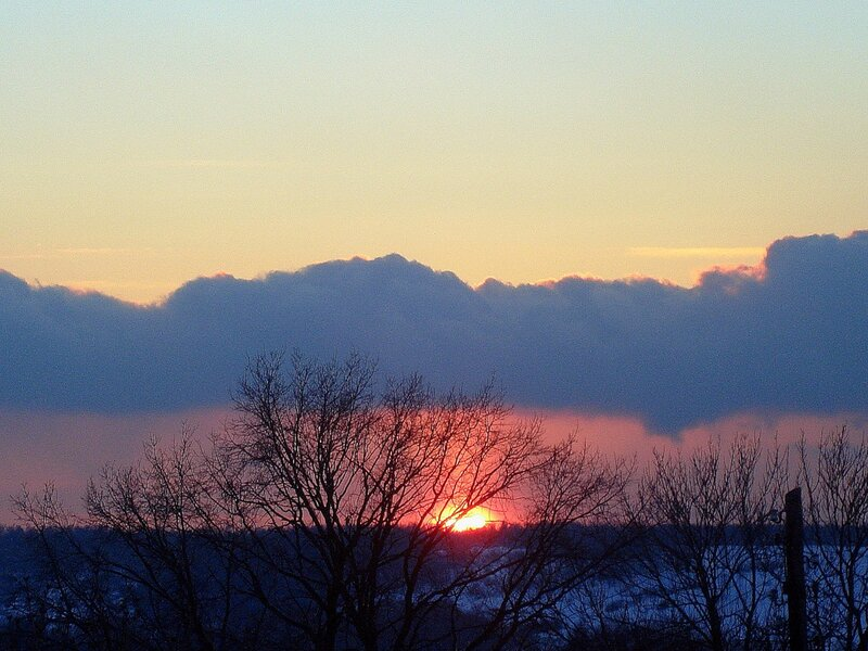Зима,с.Остров,подворье,закаты