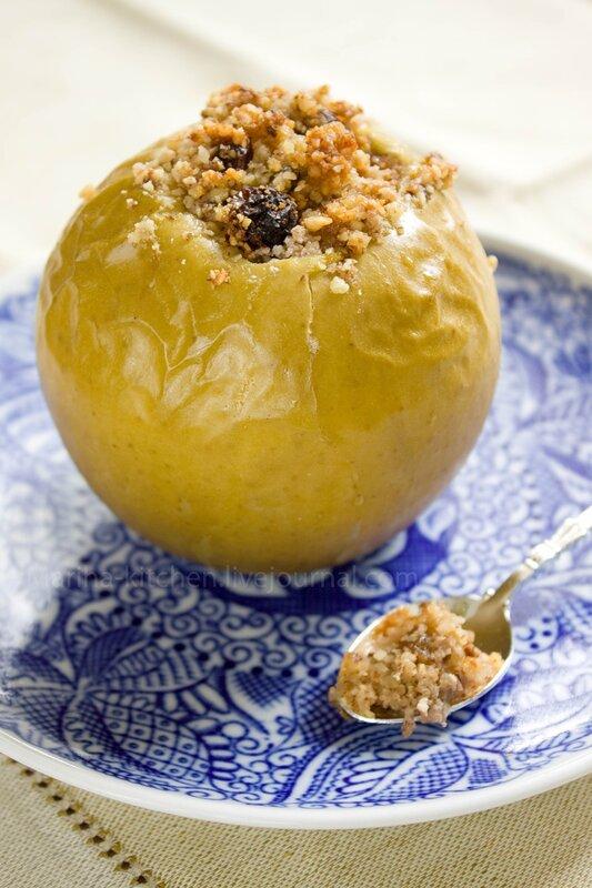 яблоки печеные с медом и орехами