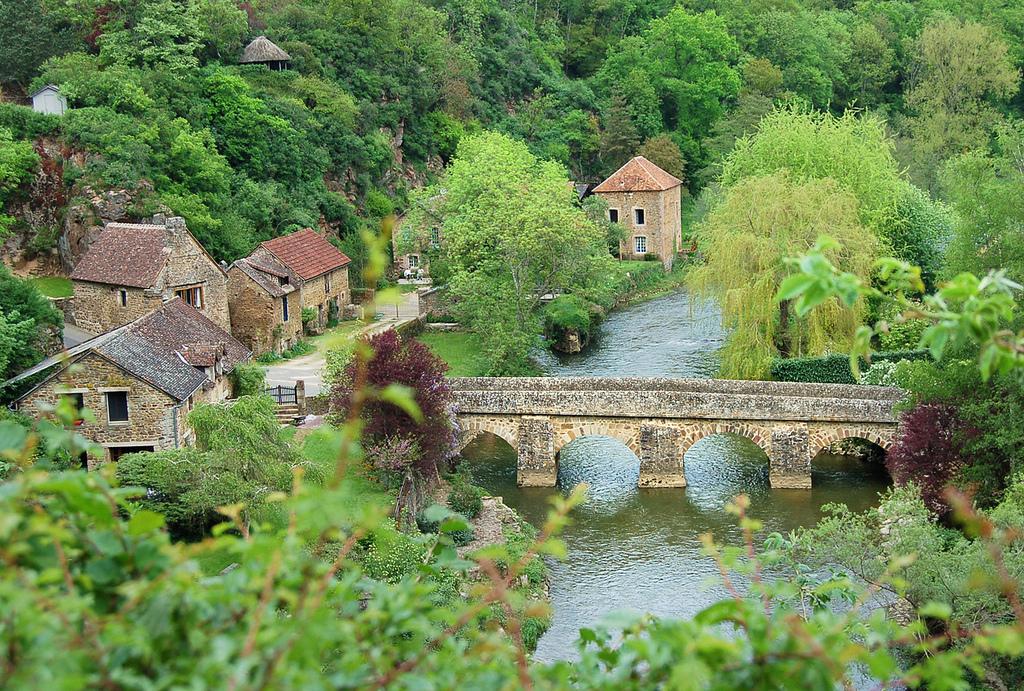 088-Le-pont-sur-la-Sarthe--Saint-Ceneri-le-Gerei.JPG