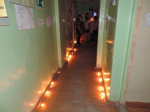 свечи в коридоре.JPG