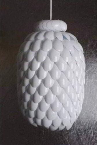 Абажур из ложек и пластиковой бутылки