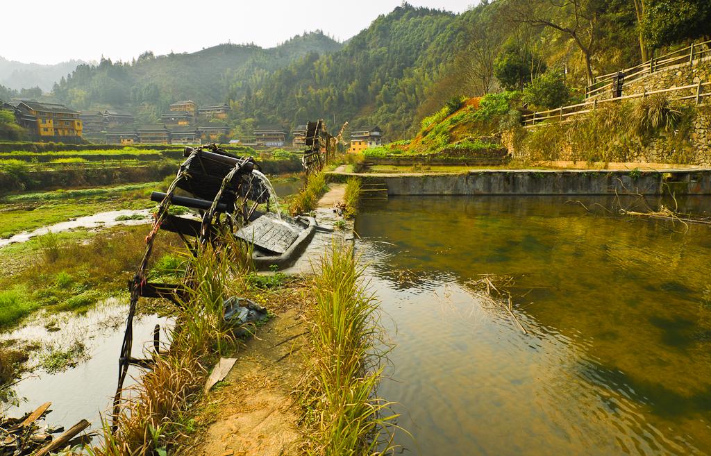 """7. """"Водяная мельница"""" для полива огорода в деревне Ма'ан в округе Ченъян. Поездка из Фэнхуана. Отзыв о путешествии по Китаю самостостятельно."""