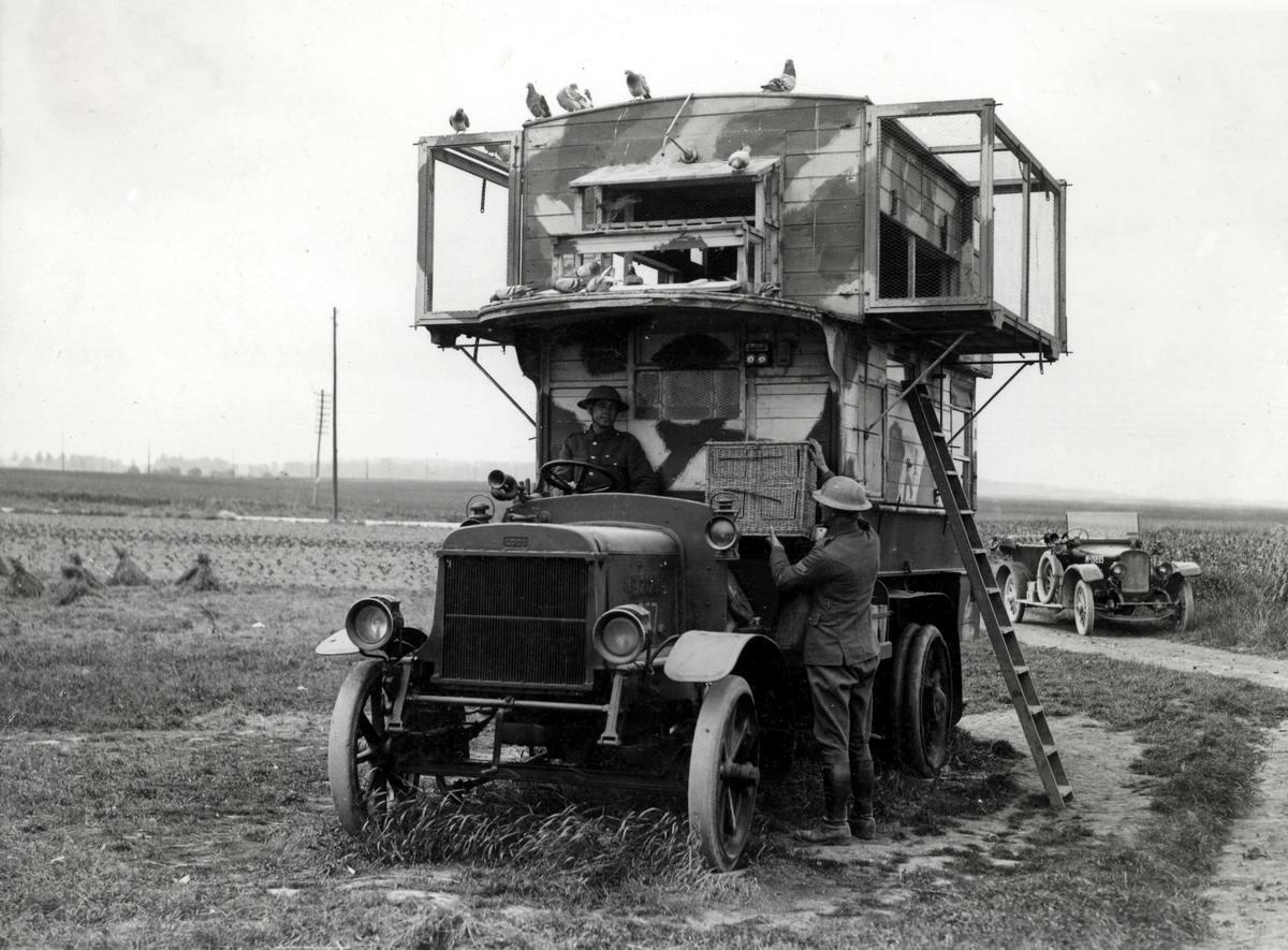 Сарай на колесах: Британский автомобиль связи времен 1-й мировой войны