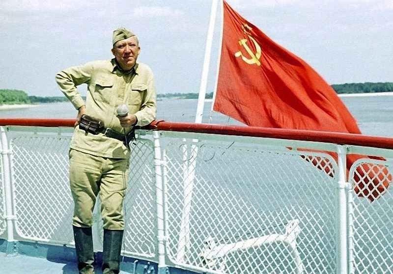 Старший сержант Юрий Никулин