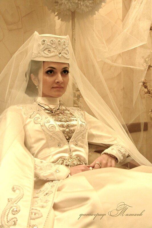 Платье осетинской невесты