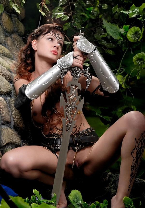 novoe-eroticheskoe-video-amazons-warriors