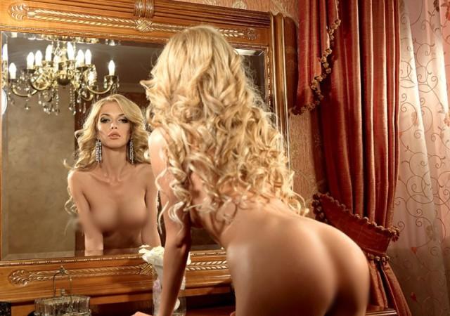 Звезда Playboy решила петь в ВИА Гре (фото 16+)