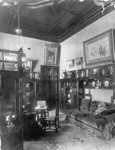 Часть кабинета в особняке А.Л.Франка.