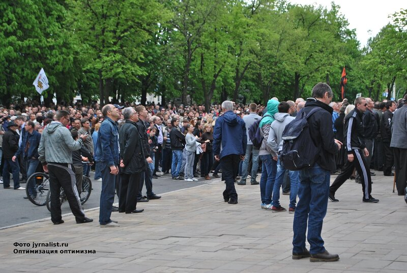 Луганская облгосадминистрация захвачена луганск 29 апреля захват луганск