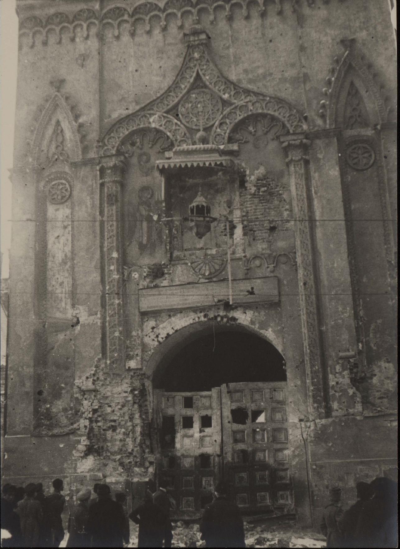 09. Никольские ворота