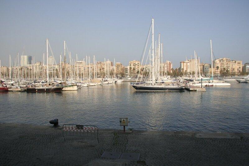 Барселонский порт Veil