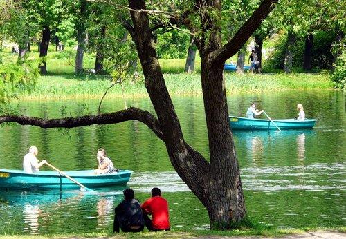 где можно отдохнуть на лодке
