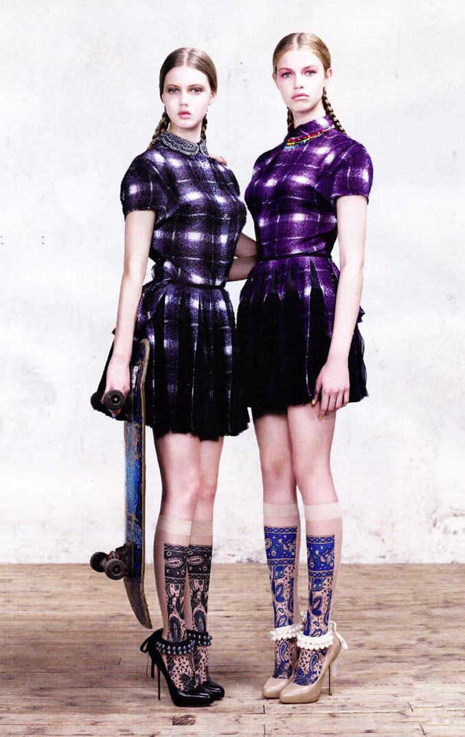 модели Линдси Виксон и Хейли Клоусон / Lindsey Wixson and Hailey Clauson, фотограф Willy Vanderperre