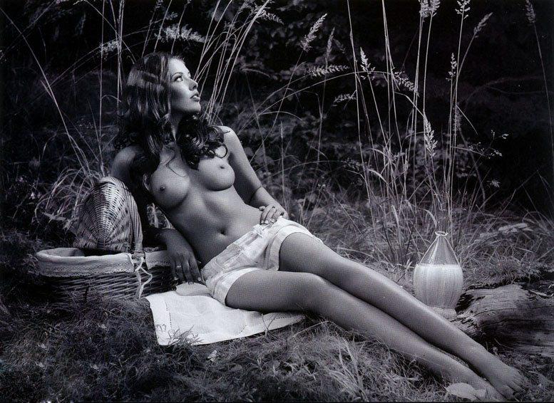 эротическая модель