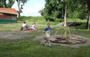 В Спасске не на что содержать дороги, не говоря уже о детях