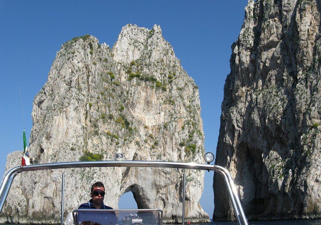Скалы Фаральони Капри (Faraglioni di Capri)